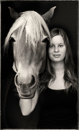 PH ppl lisa w horse ppp sfx zf-6205