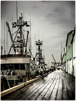 PH2096a fishing boat docked at rainy Britannia Shipyards sfx zf2060--4
